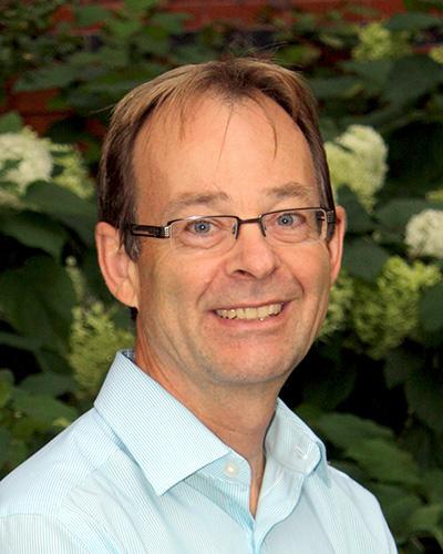 Dr James Goertzen