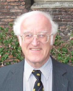 Dr Roger Thomas