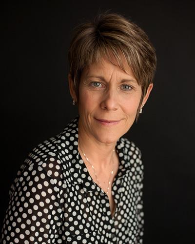 Dr Michelle Dow