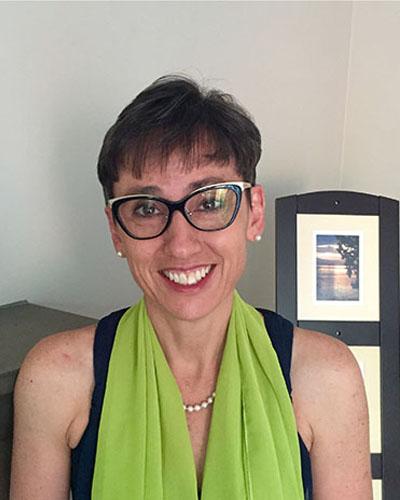 Dr Antoinette Le Roux