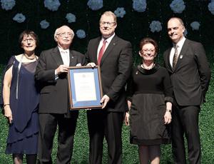 Dr Scott A. McLeod, récipiendaire du Prix Calvin L. Gutkin de l'ambassadeur de la médecine familiale