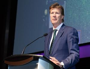 Dr David J. Price, récipiendaire du Prix Jean-Pierre Despins
