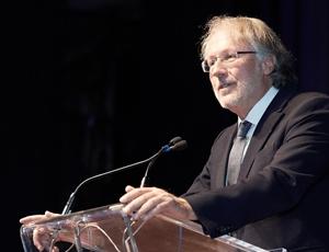 Dr Michel Donoff, récipiendaire du Prix Ian McWhinney pour l'éducation en médecine familiale